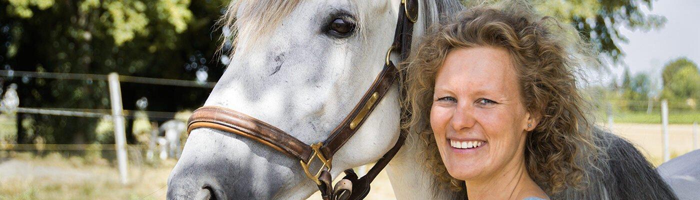 Tierarztpraxis für Pferdezahnheilkunde